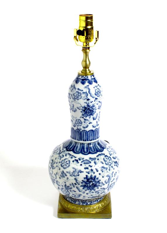 Den Lamp